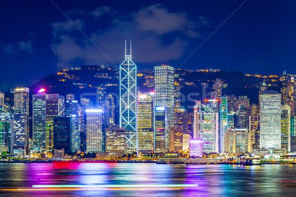 Hongkong híres éjszaka kilátás égbolt iroda Stock fotó © leungchopan