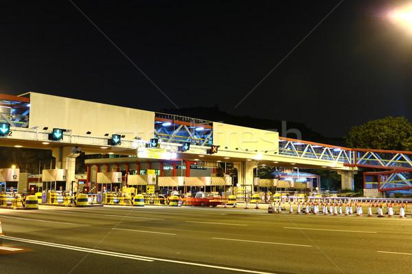 トール 光 青 1泊 バス 速度 ストックフォト © leungchopan