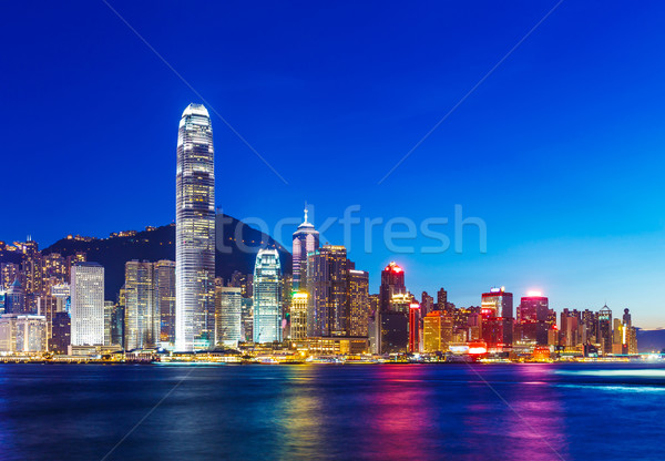 Hong-Kong Skyline crépuscule affaires nuit gratte-ciel Photo stock © leungchopan