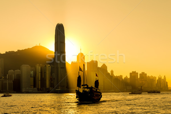 Hong-Kong Skyline coucher du soleil mer orange urbaine Photo stock © leungchopan