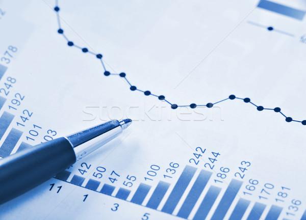 Financiële grafiek Blauw kantoor schrijven financieren Stockfoto © leungchopan