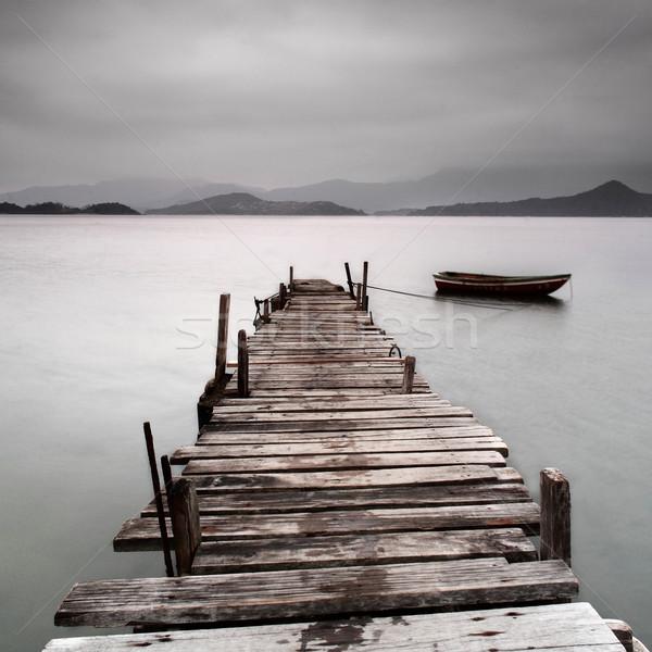 Foto d'archivio: Pier · barca · guardando · basso · acqua · panorama