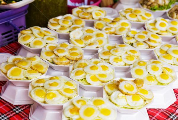 Thai estilo ovo frito rua comida Foto stock © leungchopan