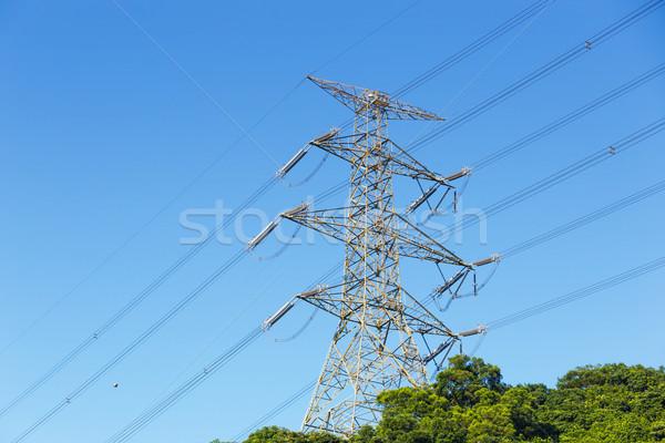 Güç dağıtım kule Metal ağ çelik Stok fotoğraf © leungchopan