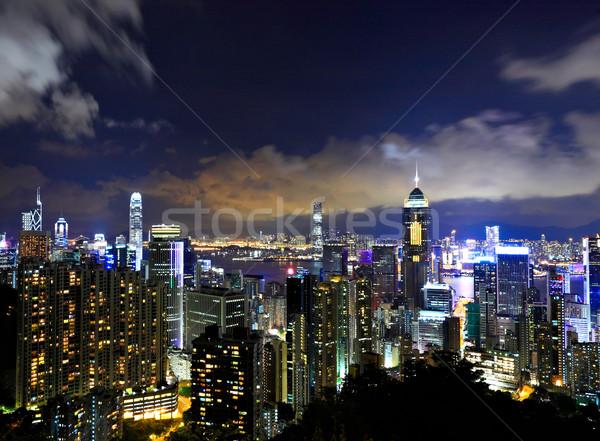 Hong Kong nocturna de la ciudad negocios cielo oficina edificio Foto stock © leungchopan