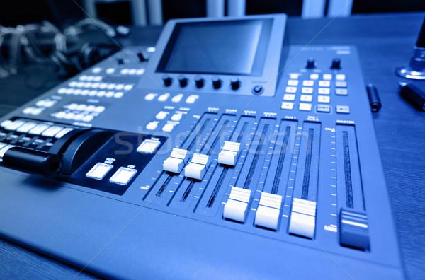 Audio sonores mixeur bureau studio record Photo stock © leungchopan