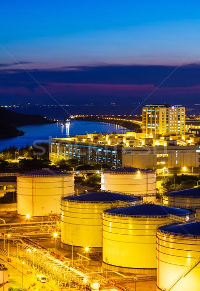 Petróleo carga servicio noche almacén contenedor Foto stock © leungchopan