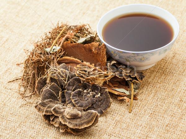 Chinese herbal medicine Stock photo © leungchopan