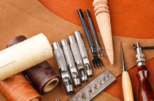 ручной работы кожа инструментом стороны молота растительное Сток-фото © leungchopan