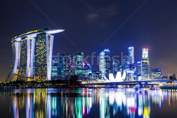 Stok fotoğraf: Singapur · gece · gökyüzü · ofis · su