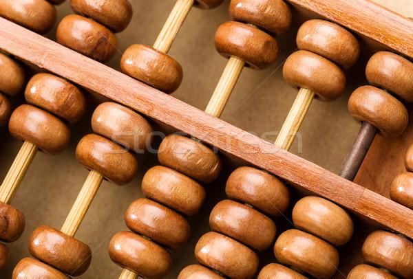 Hagyományos abakusz pénz fa asztal pénzügy Stock fotó © leungchopan