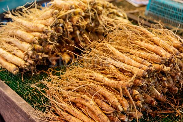 Fraîches ginseng alimentaire marché médecine chinois Photo stock © leungchopan