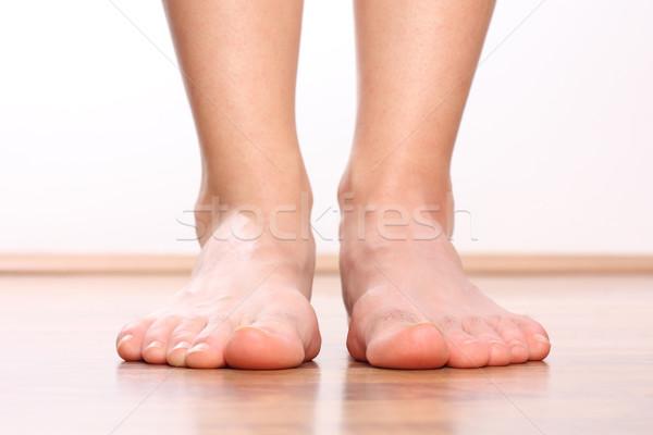 Menselijke benen gezondheid achtergrond metaal voet Stockfoto © leventegyori