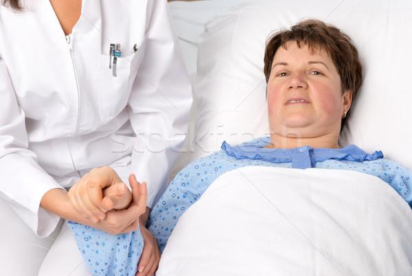 Infermiera mano donne ospedale medicina Foto d'archivio © leventegyori