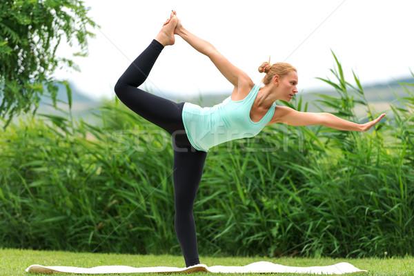 Dance женщину фитнес здоровья зеленый Сток-фото © leventegyori