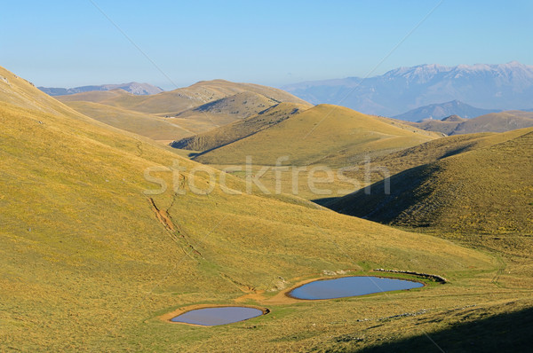 13 fa hegyek tó ősz ősz Stock fotó © LianeM