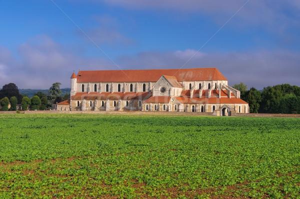 Velho abadia campo igreja europa medieval Foto stock © LianeM