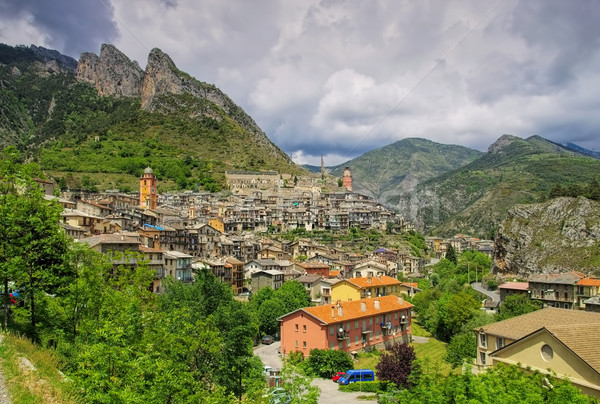 Alpine stad berg kerk bergen Europa Stockfoto © LianeM