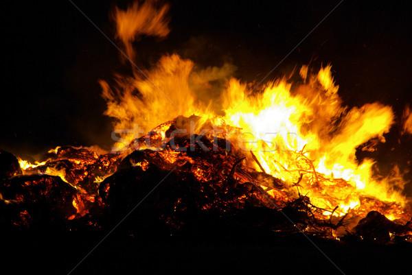 Gece şenlik ateşi Paskalya doku arka plan yaz Stok fotoğraf © LianeM