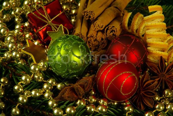 приход венок зеленый мяча звездой Рождества Сток-фото © LianeM