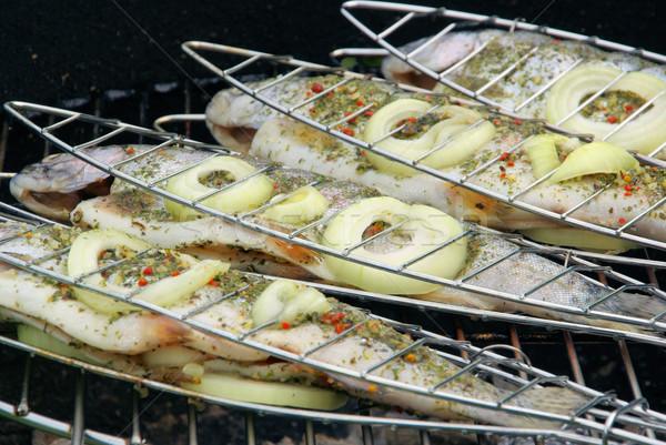 Trucha peces cocina cocinar comer Foto stock © LianeM