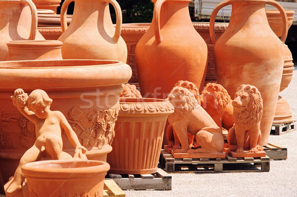 Usine modèle contenant objets jardinage Photo stock © LianeM