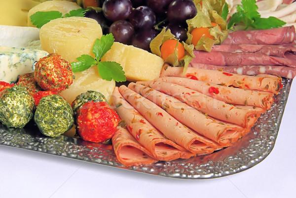 Buffet kruis kaas plaat vlees vet Stockfoto © LianeM