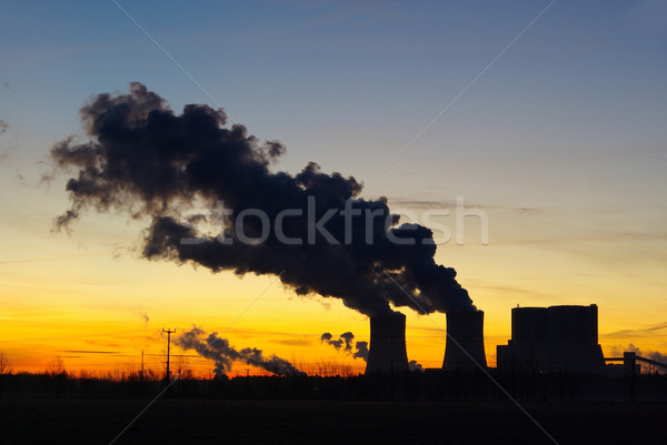 Elektrownia wygaśnięcia chmury technologii pomarańczowy fabryki Zdjęcia stock © LianeM