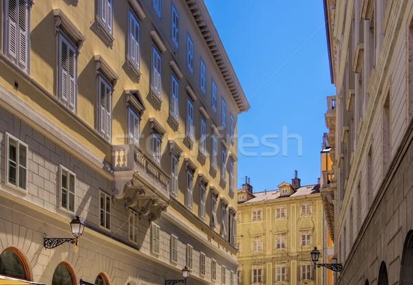 Arhitectură detaliu arhitectura veche oraş vechi oraş Imagine de stoc © LianeM