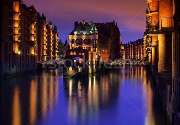 Amburgo città palazzo notte acqua blu Foto d'archivio © LianeM
