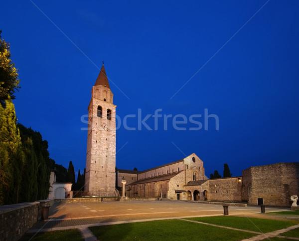 Edad basílica noche edificio Europa Foto stock © LianeM