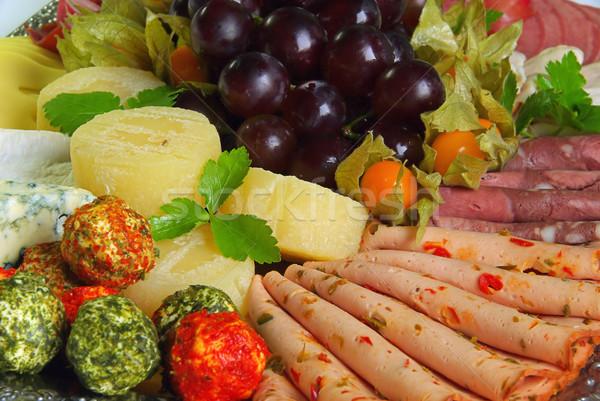 Buffet cruz mesa queso placa carne Foto stock © LianeM