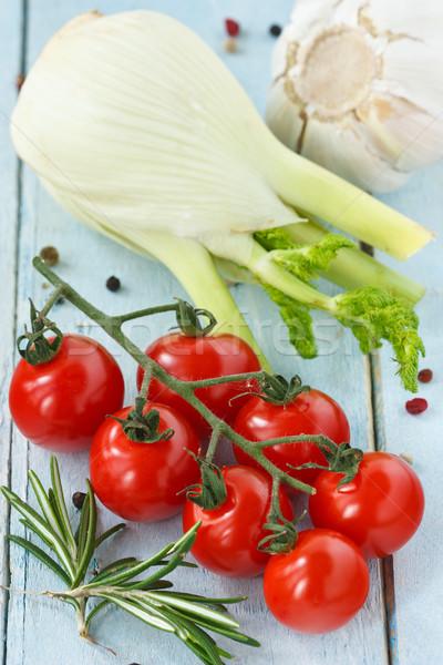 świeże warzywa pomidorki koper czosnku rozmaryn niebieski Zdjęcia stock © lidante