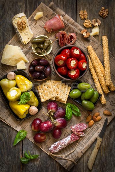 Queso antipasti final aperitivo bordo carne Foto stock © lidante