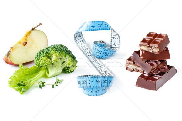 Elección chocolate manzana frutas salud Foto stock © lidante