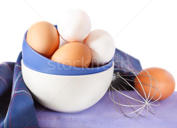 Fraîches oeufs organique bol fouet Photo stock © lidante