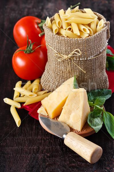 Ingrédients pâtes fromages tomates basilic sac Photo stock © lidante