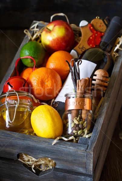 Vinho garrafa frutas temperos comida Foto stock © lidante