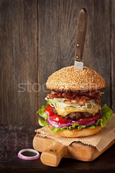 быстрого питания большой чизбургер высокий Сток-фото © lidante