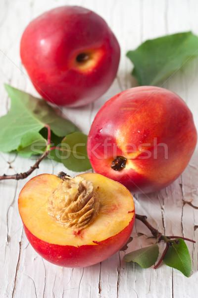 édes friss öreg fa deszka narancs zöld Stock fotó © lidante