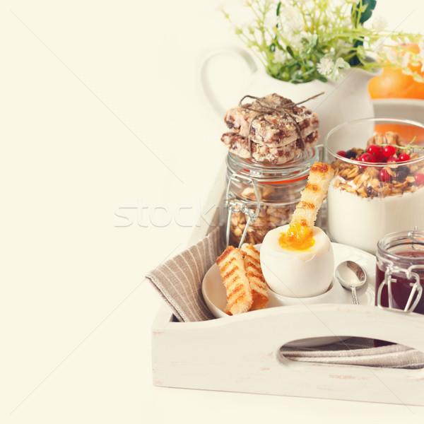Rustiek ontbijt eigengemaakt houten Stockfoto © lidante