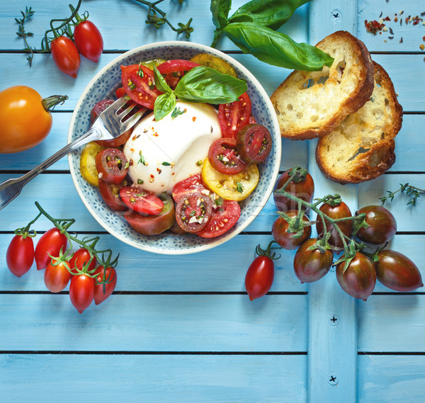 Fraîches tomates salade tomate mozzarella fromages Photo stock © lidante