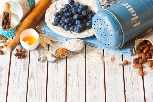 Taart voorbereiding vers voedsel ingrediënten Stockfoto © lidante