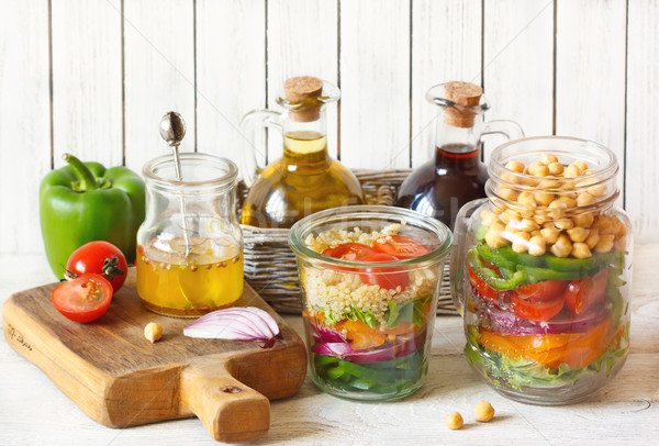 Insalata alimenti freschi ingredienti tavolo da cucina alimentare vetro Foto d'archivio © lidante