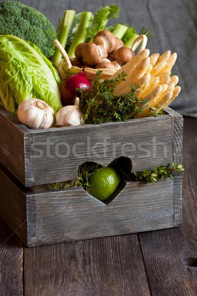 Légumes fraîches cuisine jardin vieux bois Photo stock © lidante