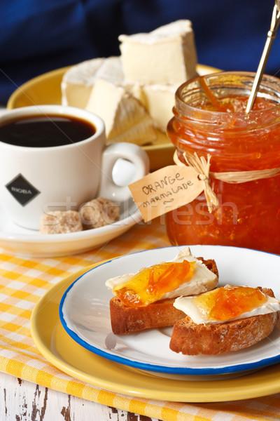 Ontbijt camembert koffie oranje Blauw weefsel Stockfoto © lidante