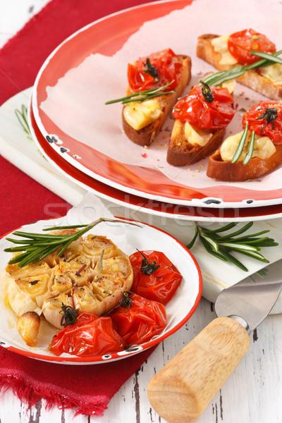 Bruschetta olasz pörkölt fokhagyma koktélparadicsom olaj Stock fotó © lidante