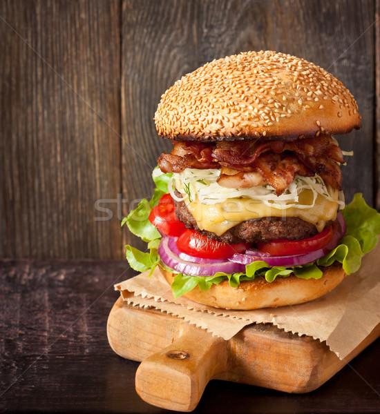 Cheeseburger groot heerlijk hoog spek Stockfoto © lidante