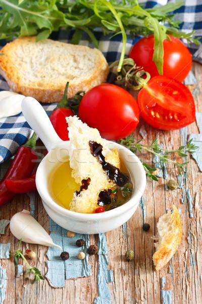 İtalyan lezzetli ev yapımı ekmek zeytinyağı Stok fotoğraf © lidante