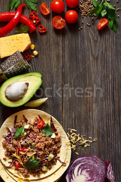 新鮮な メキシコ料理 タコス 屋台の食べ物 材料 木板 ストックフォト © lidante
